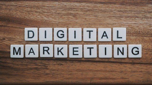 Zakaj je digitalni marketing pomemben za majhna podjetja?