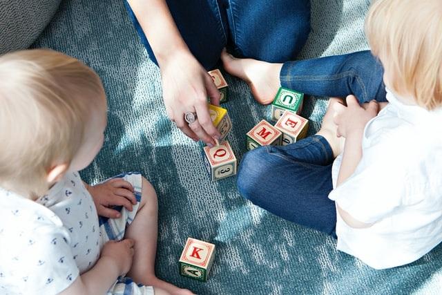 varstvo otrok na domu