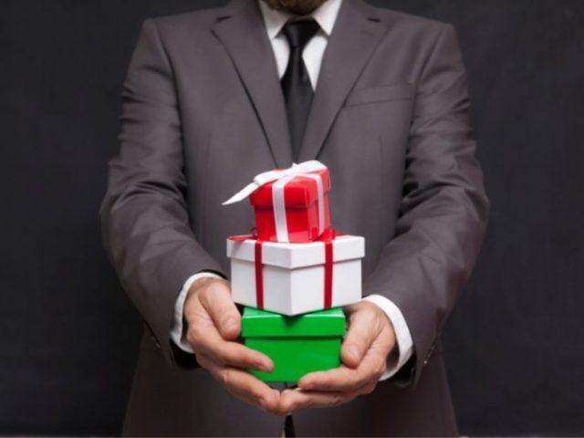 Izvirna poslovna darila razveselijo vsako srce