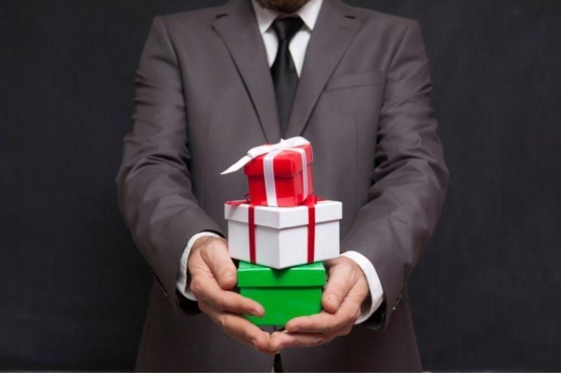 Izvirna poslovna darila